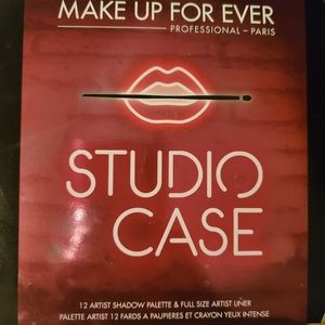 Makeup Forever Studio Case - Limited Edition